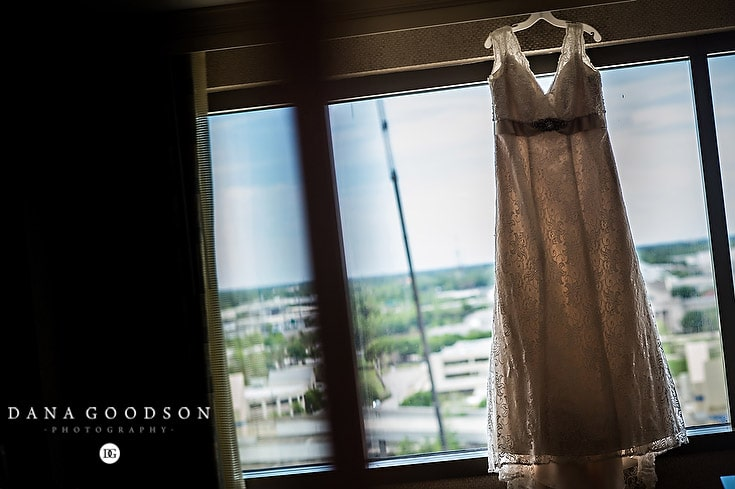 Jacksonville Wedding Photographer | Julie & Kevin | www.danagoodson.com  01
