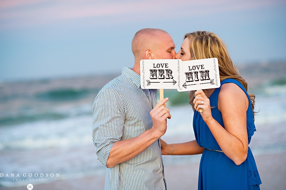 Vilano Beach Engagement Session 11