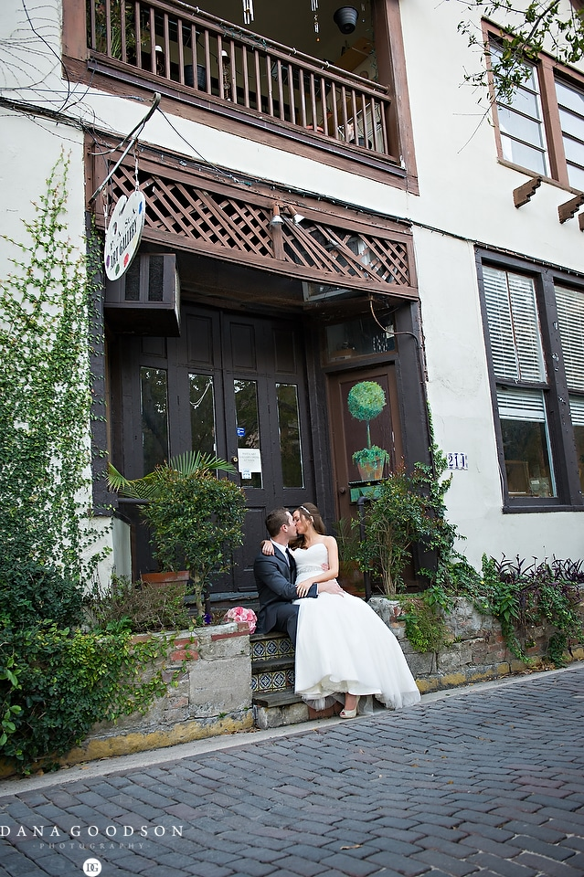 Oldest House Wedding_Jennifer & Brandon 065