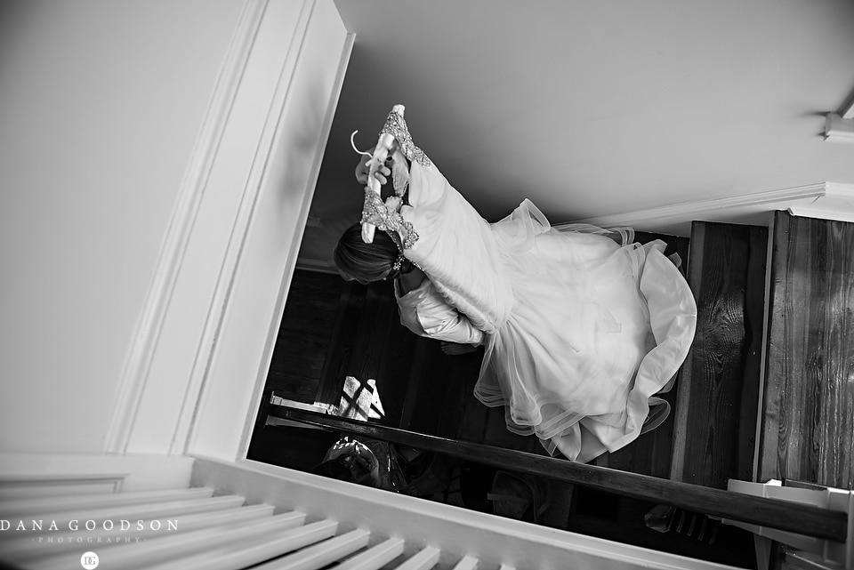white room wedding | Caitlin & Steve | Dana Goodson Photography 009