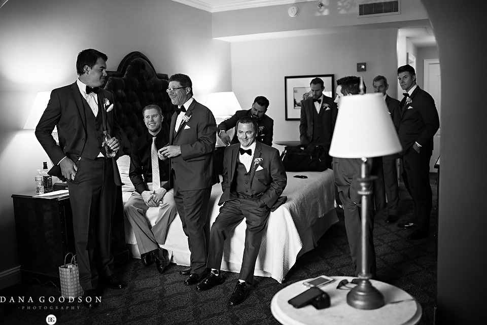 white room wedding | Caitlin & Steve | Dana Goodson Photography 033