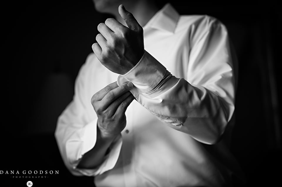 white room wedding | Caitlin & Steve | Dana Goodson Photography 034
