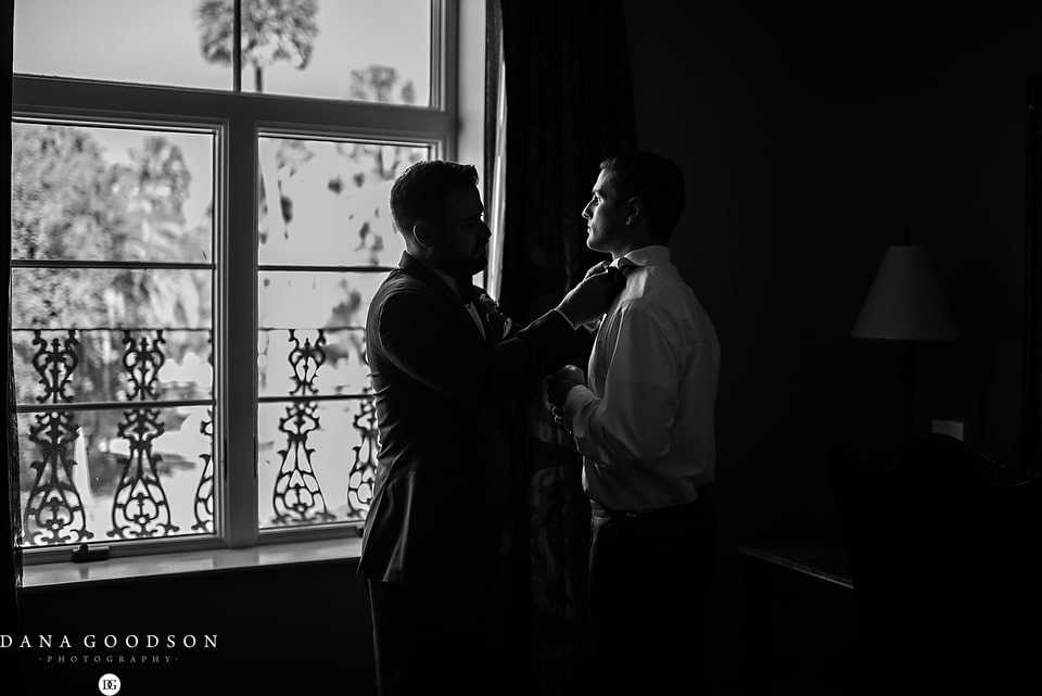 white room wedding | Caitlin & Steve | Dana Goodson Photography 037