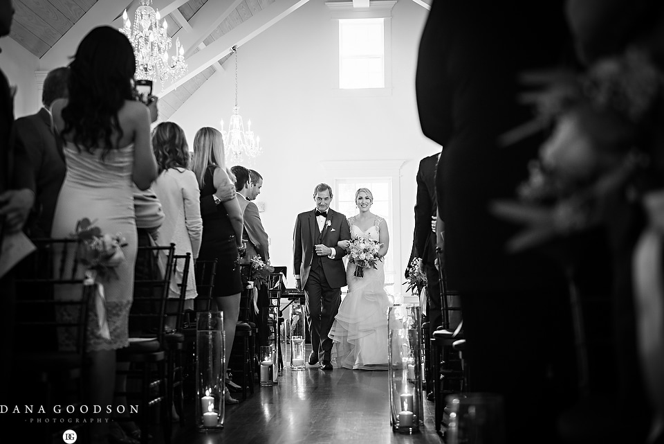 white room wedding | Caitlin & Steve | Dana Goodson Photography 048