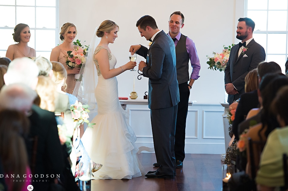white room wedding | Caitlin & Steve | Dana Goodson Photography 056