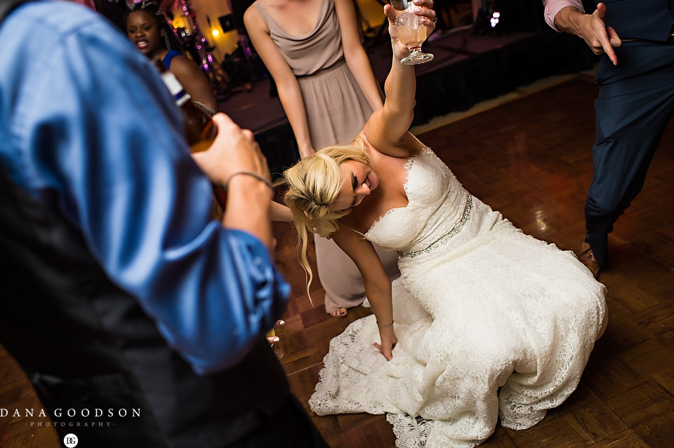 Ponte Vedra Inn & Club Wedding | Dana Goodson Photography | Lauren & Sam069