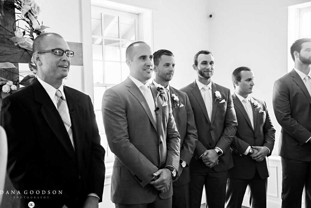 st-augustine-wedding-photographer-white-room-wedding-kelsey-greg-_035